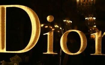 Marilyn Monroe, Grace Kelly, Marlène Dietrich et Charlize Theron pour Dior J'adore …..