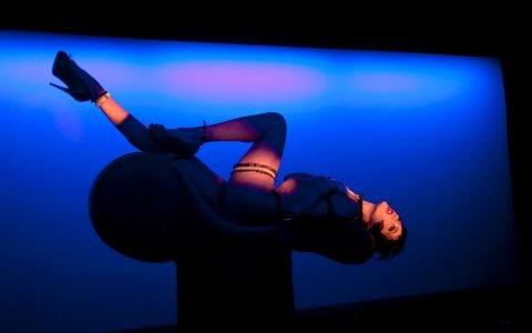 Interview sexy de Mika Do, danseuse du Crazy Horse
