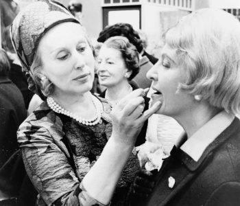 Estée Lauder, l'histoire d'une femme visionnaire devenue un empire