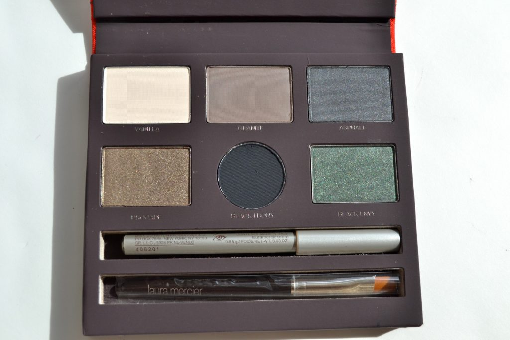 jungle chic laura mercier