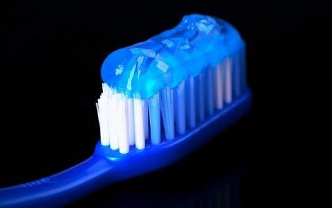 9 manières de détourner son tube de dentifrice