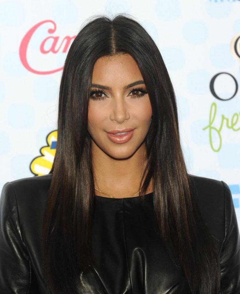 kim-kardashian-cheveux