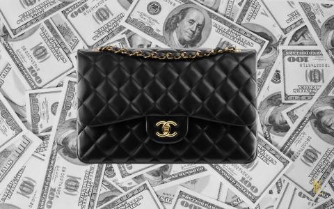 Chanel 2.55, un sac toujours plus cher !