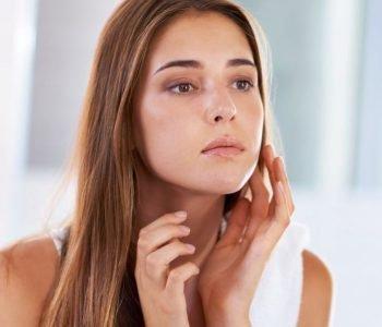 Comprendre, reconnaître et traiter la peau sensible