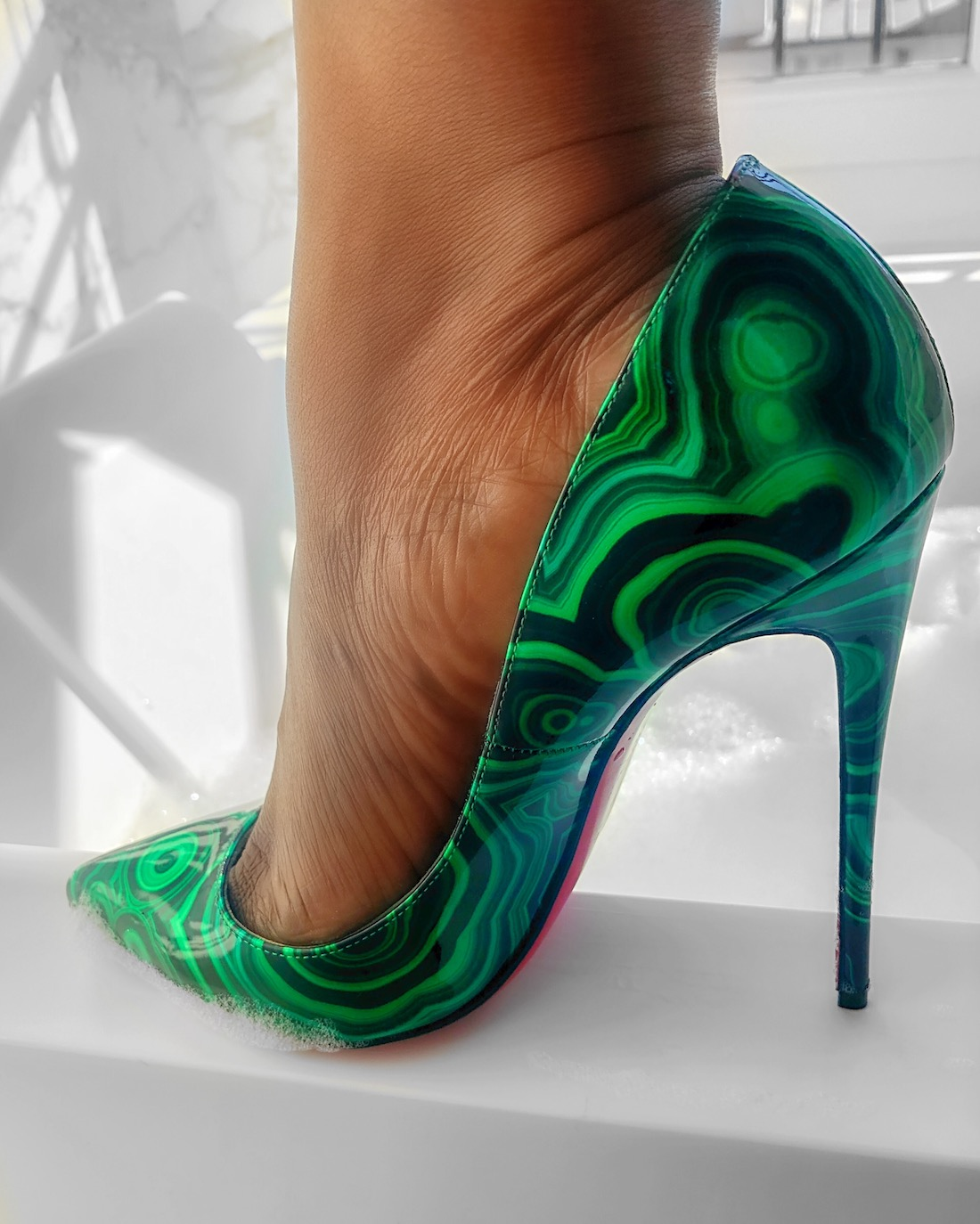 pigalle follies malachite loboutin