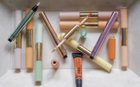 Correcteurs et anti-cernes : deux produits différents mais indispensables