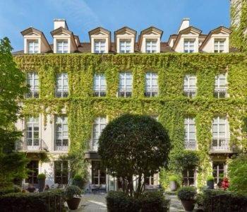 Escapade Parisienne – Le Pavillon de la Reine