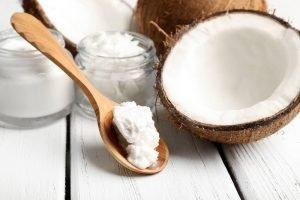 huile de coco pour réparer les cheveux