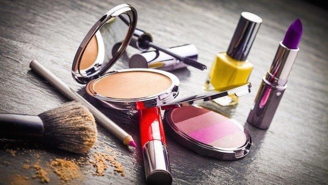 cosmetiques-perimeCC81s-danger-santeCC81-660x373