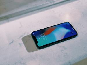 Pourquoi il ne faut pas acheter l'iphone X