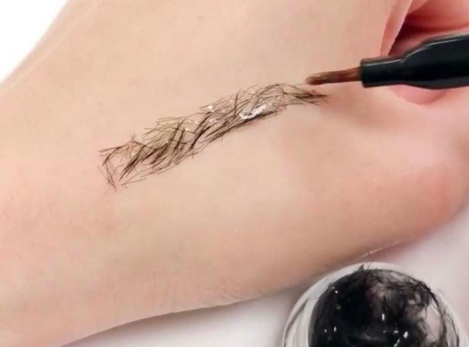 extension de sourcils