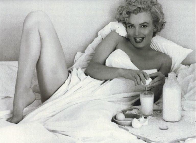 Marilyn-Monroe-skincare-routine